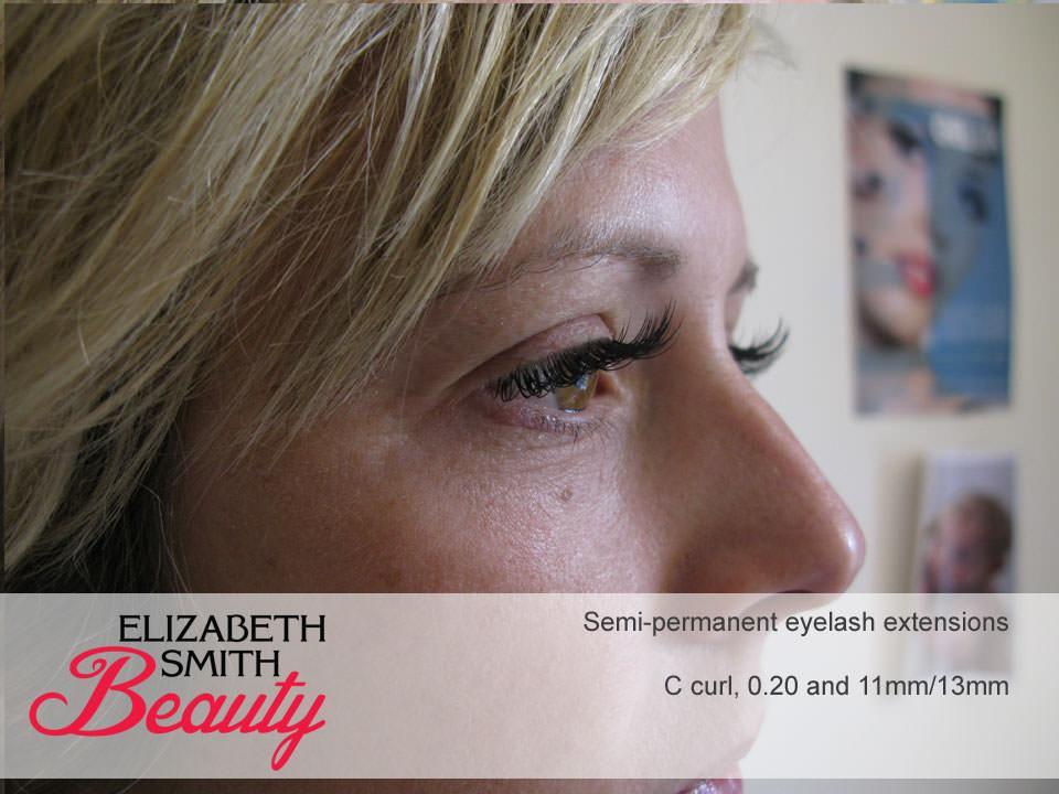side-view-eyelash-extension