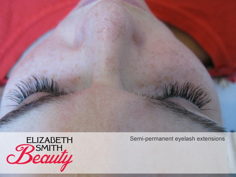 full-set-of-fake-lashes