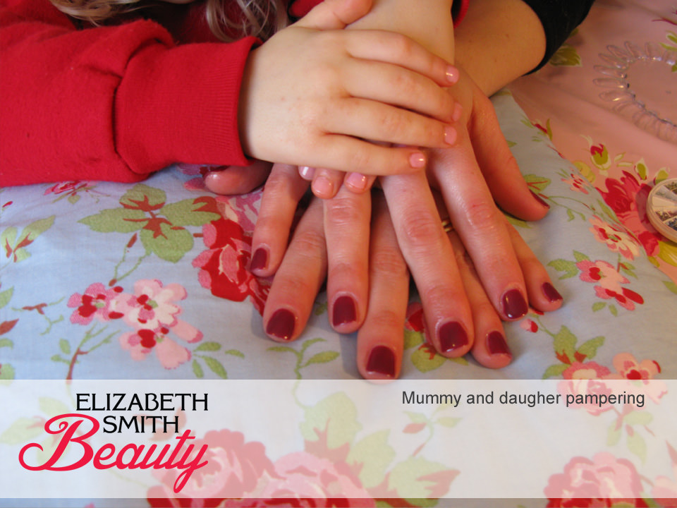 mummy-&-daughter-norwich-nails