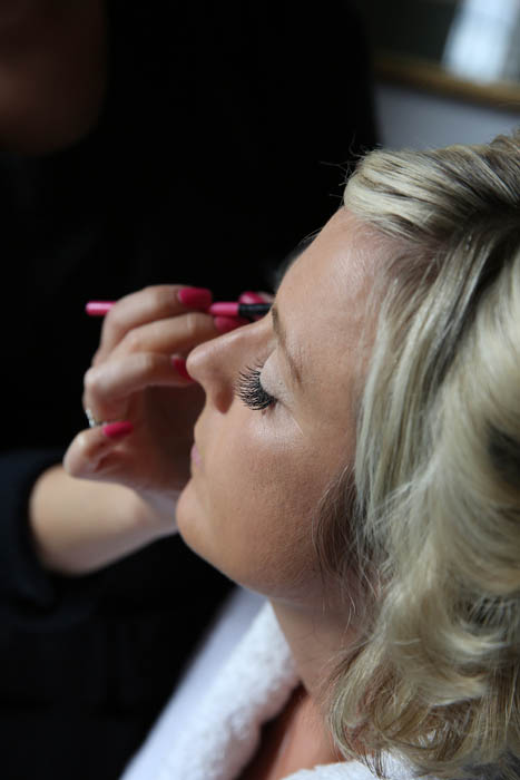 Who does wedding make-up in Norwich?