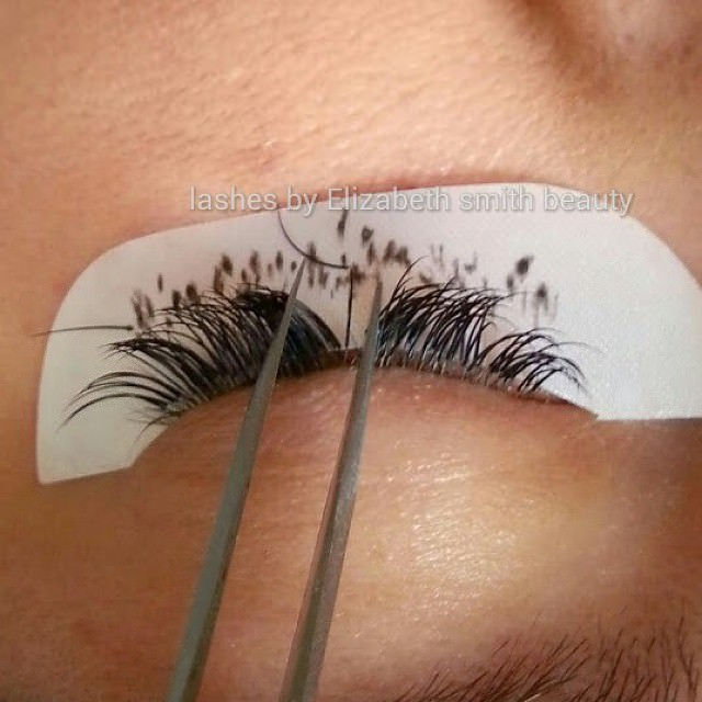 1:1 eyelash extensions