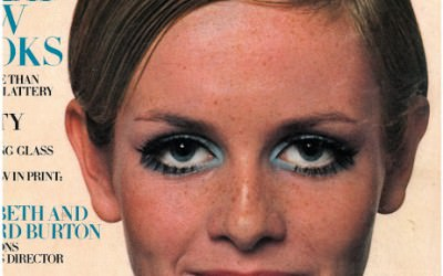 Ultimate beauty icon – Twiggy and her false lashes!