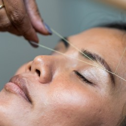 beauty salon threading